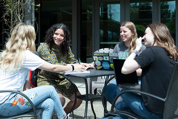 University of Oregon College of Education undergrad students