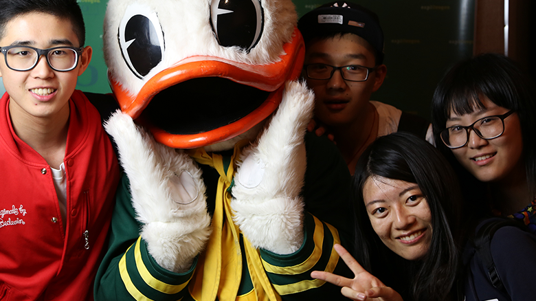 University of Oregon International Students with the UOregon Duck